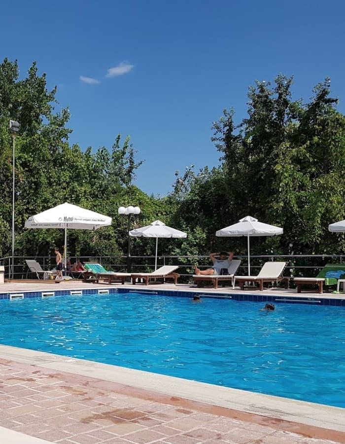 Πισίνα στο Πλαταμώνα σε ξενοδοχείου